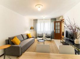 Hotel fotografie: MODERN AND BRIGHT APARTMENT Plaza Elíptica