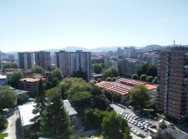Фотографія готелю: Exterior, vistas, 10min en bus al centro
