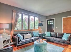 호텔 사진: Beautiful Duplex on an acre of lush land near the beach !