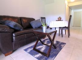 Hotel photo: Relax in a natural setting in the middle of Guelph