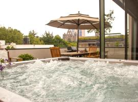 Hotel photo: Sophisticated 2 floor Penthouse in the Heart of Polanco