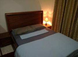 Hotel Foto: Small & Coquet at Lac2