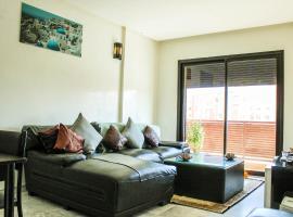 รูปภาพของโรงแรม: Bright 2 bedroom apartment 70m2