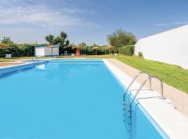 Hotel photo: Three-Bedroom Holiday Home in Huevar del Aljarafe