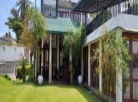 Hotel near Moratuwa