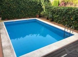 Hotel photo: Amazing Townhouse Nueva Andalucia T010