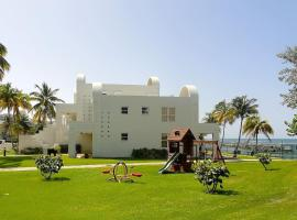 Hotel photo: Villa Bella Mar, beachfront resort community with pool