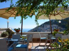 Hotel fotoğraf: La Soffitta Sul Mare