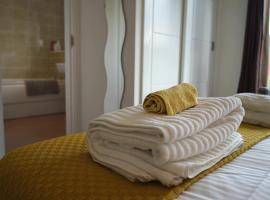 Фотография гостиницы: Luxury 2 Beds Apartment Close To City Centre