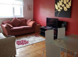 Фотография гостиницы: 137B Greenrigg Road Apartment