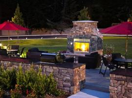 Hotel photo: Andover home with a touch of luxury