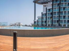 Hotel photo: Brand New w/ Rooftop Pool in The Heart of Kyrenia