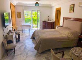 Hotel photo: Luxury private room in La Marsa
