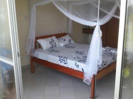 Hotel photo: Myles Home, Near Serena, PrideInn, Mombasa Intercontinental, and Flamingo Hotel