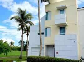 Foto do Hotel: Modern Beach Vacation Home