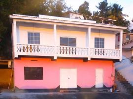 Foto di Hotel: Spice Bay Beach House