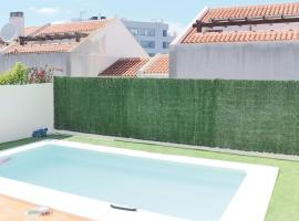 Hotel kuvat: Amazing home in Fuengirola w/ WiFi, 5 Bedrooms and Outdoor swimming pool