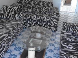 Hotel kuvat: Studio meublé à médina