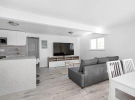 Hotel Foto: Gut renovated 2beds apt 10min. from Manhattan, with optional garage