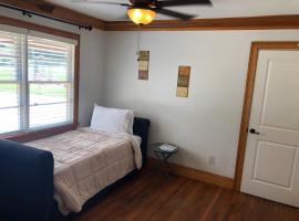 Hotel photo: Brookhaven Gem: Perfectly designed 1BD shared BTH