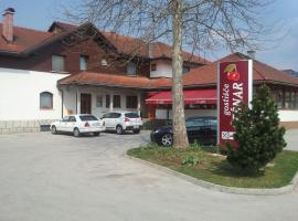 A picture of the hotel: Guesthouse Češnar