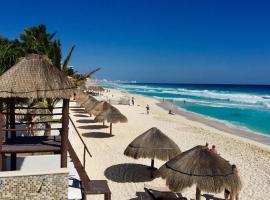 Hotel photo: Beach Front - Brisas Condo