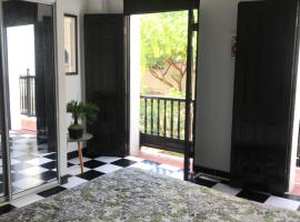 Hotel fotografie: Old San Juan GuestHouse