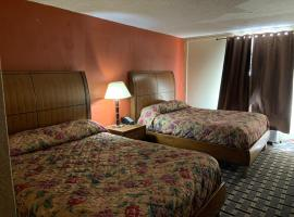 Hotel photo: OYO Hotel Memphis Oakville