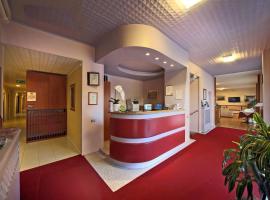 Фотография гостиницы: Hotel Cristallo Brescia
