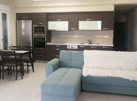 Hotel photo: Παραλιακό διαμέρισμα στη Χερσόνησο