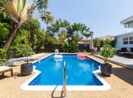 Hotel photo: Pool House in the Heart of Delray All Brand New Furnishings **Swinton**