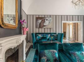 Hotel photo: Luxury 5Bedrooms Apartment