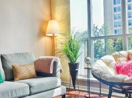 Photo de l'hôtel: Sal Living Toronto Modern Waterfront 2BR Suite + Balcony Harbourfront