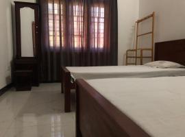 Hotel near Полоннарува