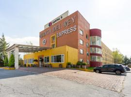 מלון צילום: Capital O Quinta del Rey Express