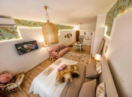 Hotel photo: Exquisite apartment in the center of Athens