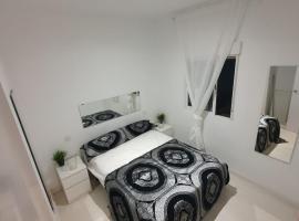 Hotel photo: Marques de Goya Apartaments TPH