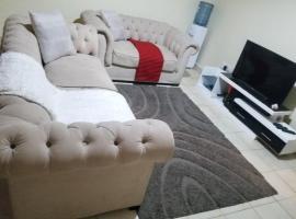 Zdjęcie hotelu: Bree's furnished apartments
