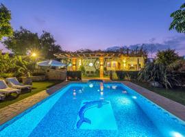 Foto di Hotel: Niko's art villa