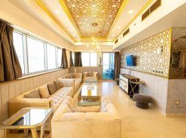 Hotel photo: Luxury Gold Suites SeaView