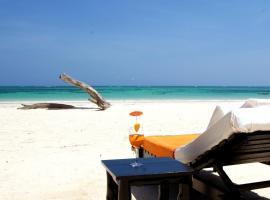 Hotel photo: Galu 723-Private Ocean Club