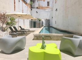 Hotel Photo: El Palecete de San Jose - Enchanting Villa - 8 Suite, 7.5 Bath plus Terrace & Pool