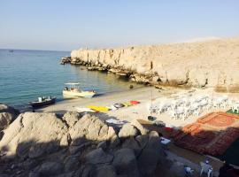 מלון צילום: Khasab Tours Beach campsite Khasab
