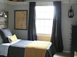 Hotel photo: Self catering or BnB with a terrace, equipped kitchen and a parking in hidden quite place