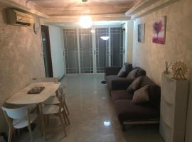 Hotel photo: 旺角大角咀櫻桃大廈四臥室兩廁全新裝修