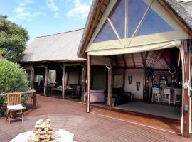 Hotel photo: Bush Lodge – Amakhala Game Reserve
