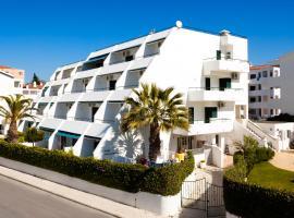 Hotel photo: Apartamentos Debimar