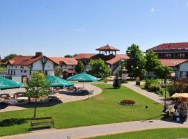 Hotel Photo: Ceglédi Apartmanpark & Kemping