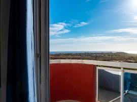 Hotel photo: Appartement avec vue sur la mer et sur le phare