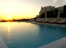 A picture of the hotel: Kapparies Villa Sleeps 12 Pool Air Con WiFi